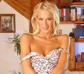 Dorina - Magic Blondes 4