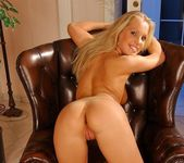 Kira Banks - Magic Blondes 11