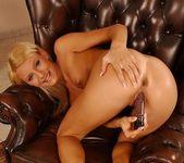 Jordan Green - Magic Blondes 18