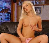 Debbie White - Magic Blondes 5
