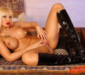 Dolores Dirty - Magic Blondes 10
