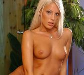 Roxy - Magic Blondes 8