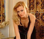 Sophie Paris - Magic Blondes 2