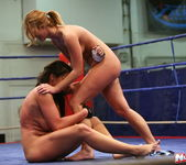 Lisa Sparkle & Linda Ray - Wrestling Girls - Nude Fight Club 18