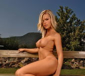 Gigi Toying Outdoors - Open Air Pleasures 6