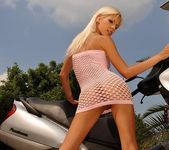 Boroka Toying Outdoors - Open Air Pleasures 3