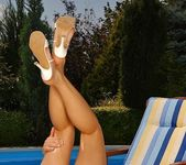 Jo Toying Outdoors - Open Air Pleasures 12