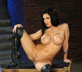 Aletta Ocean - Pix and Video 5