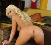 Viktoria Sweet - Pix and Video 6