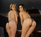 Dirty Lesbians Katalin & Peaches 8