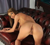 Betty Stylle - Pix and Video 4
