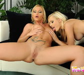 Dirty Lesbians Bianca Golden & Kathia Nobili 6