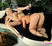 Dirty Lesbians Bianca Golden & Kathia Nobili 10