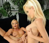 Dirty Lesbians Bianca Golden & Kathia Nobili 16