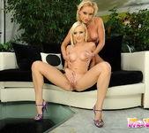 Dirty Lesbians Bianca Golden & Kathia Nobili 20