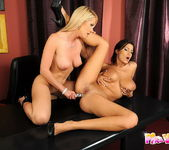 Alexa Weix & Janelle Eating Each Other Out 13