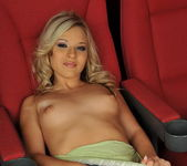 Chrystal Lee - Pix and Video 4