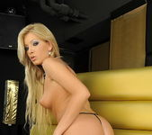 Donna Bell And Her Toys - Pix and Video 8