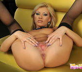 Donna Bell And Her Toys - Pix and Video 11