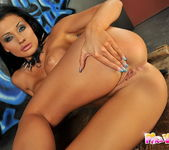 Doris Toying - Pix and Video 13