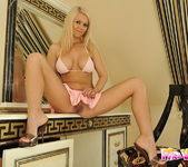 Jacline Toying - Pix and Video 2