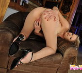 Jenny Noel And Her Toys - Pix and Video 9