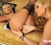 Horny Lesbians Katalin & Bea Stiel 13