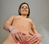 Carolin Toying - Pix and Video 8
