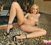 Bianca Golden Toying - Pix and Video 7