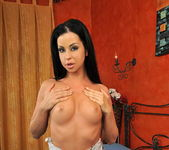 Larissa Dee Toying - Pix and Video 3