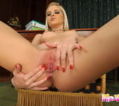 Laura King - Pix and Video 15