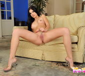 Angie Sun And Her Toys - Pix and Video 3