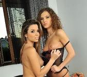 Horny Lesbians Peaches & Juliette Shyn 2