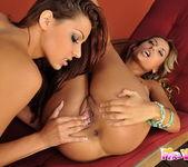 Regina Ice & Hope Toying Lesbians 14