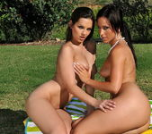 Eve Angel & Simone Peach Playing Lesbians 20