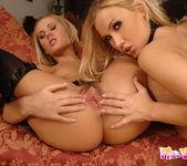 Zuzana Z & Mary Jane Playing Lesbians 19