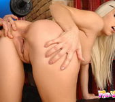 Aletta - Pix and Video 12
