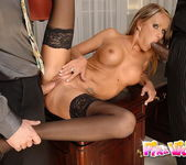 Vivian - Pix and Video 9
