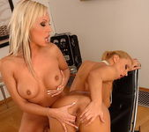 Dorothy Black & Adriana Russo Eating Pussy 14