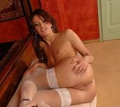 Zadie Toying - Pix and Video 10