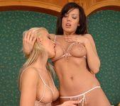 Tina Hunter & Joyce Eating Pussy 5