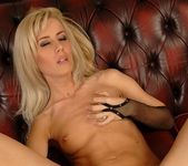 Lorinna Rose And Her Toys - Pix and Video 15