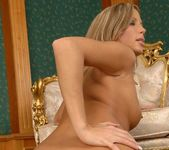 Amanda king And Her Toys - Pix and Video 18