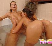 Dirty Lesbians Zafira & Hannah Hunter 4
