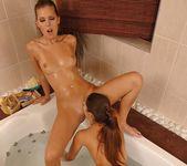 Dirty Lesbians Zafira & Hannah Hunter 8