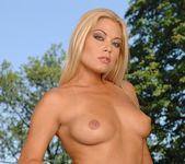 Adriana Malkova - Pix and Video 9