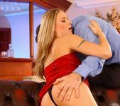 Victoria Swinger - Pix and Video 6