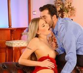 Victoria Swinger - Pix and Video 8
