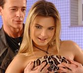 Suzie Carina - Pix and Video 3