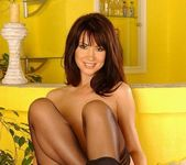 Vivien Toying - Pix and Video 15